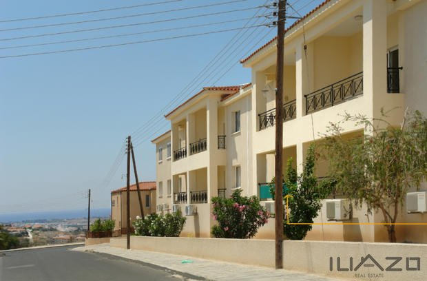 Chloraka-View-1Bd-featured